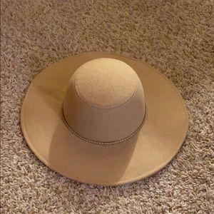 Bebe Fall Hat